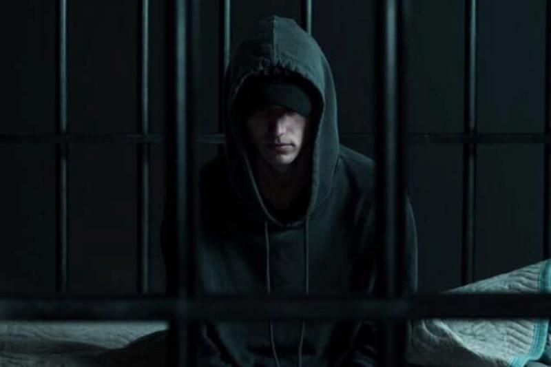 """NF: """"Let You Down"""" von der großen Eminem-Konkurrenz und"""